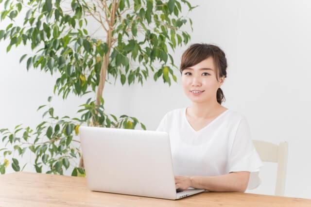 在宅WEBデザイナーとして働くための方法とは?